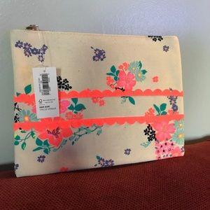 Handbags - Old Navy Make Up Bag